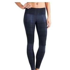Athleta  Icy Chaturanga Athletic Leggings